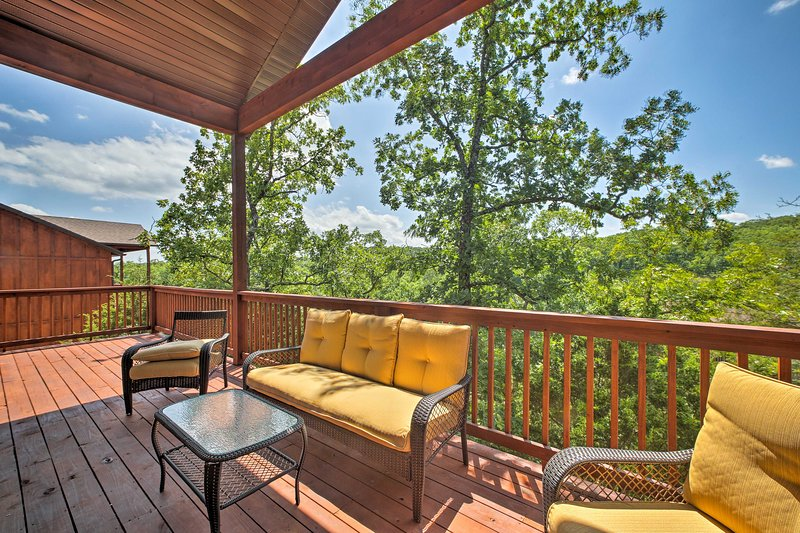 This 4-bedroom, 4-bath cabin is set in the exclusive StoneBridge Resort.