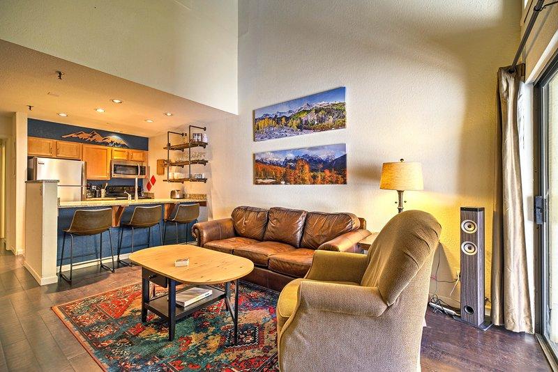 Este acogedor condominio de vacaciones con capacidad para 8 personas con 3 dormitorios y 2 baños.