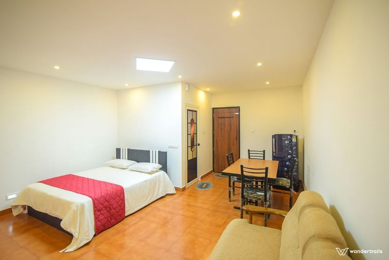 Sagar View Homestay (Bedroom 2), vakantiewoning in Lakkidi