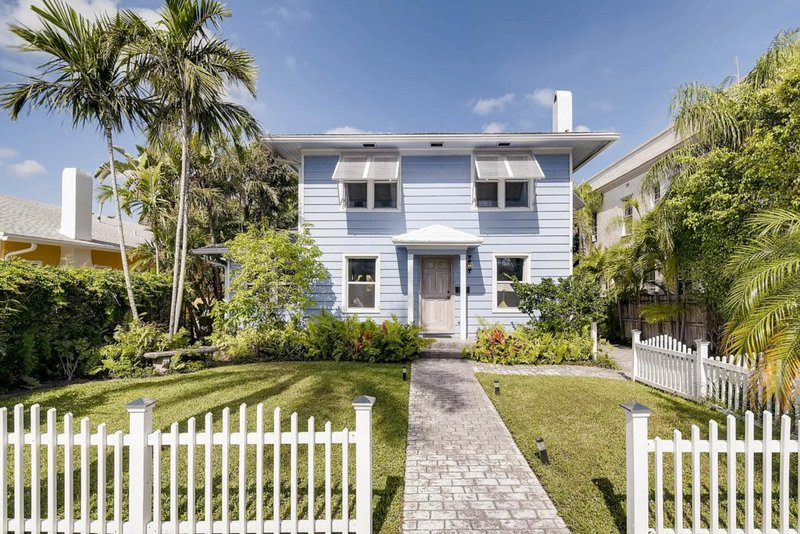 The Periwinkle House | 4bd/2ba| Sleep 10, alquiler vacacional en Lake Worth