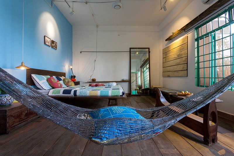 anhouse 1 · Funky architect apartment on 4th floor, Ferienwohnung in Ho-Chi-Minh-Stadt