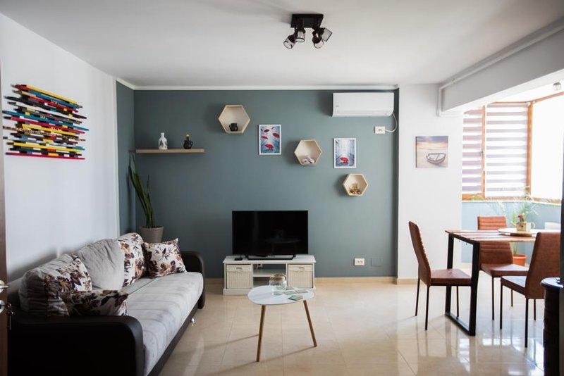 Natasha Apartment 100m from the beach Preview listing, location de vacances à Mamaia-Sat