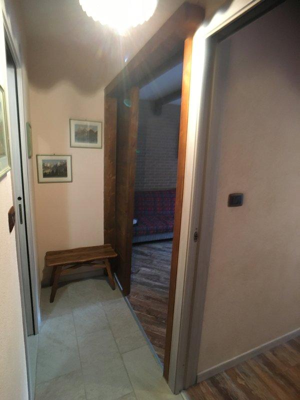 corridor from the entrance door
