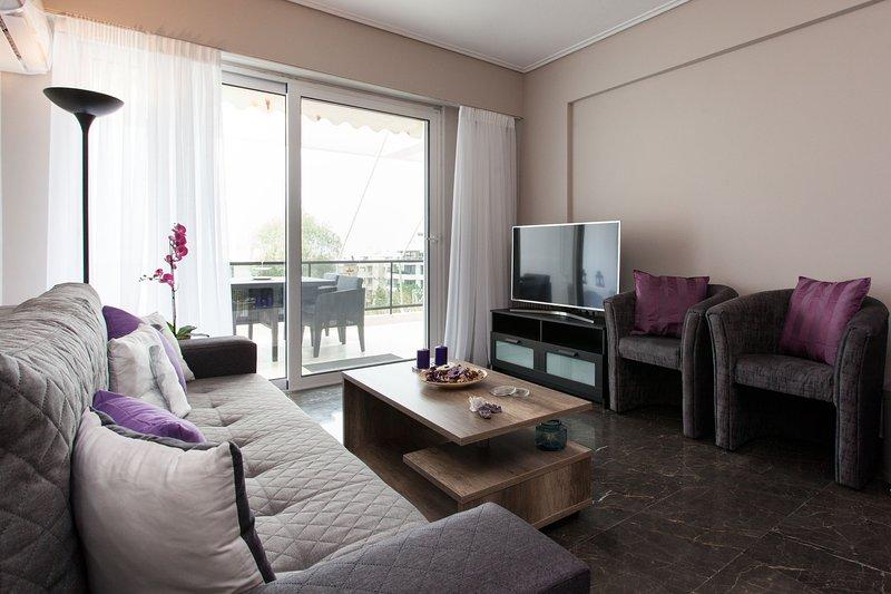 Brand new 2 bedroom apartment-sea view in Voula, location de vacances à Voula