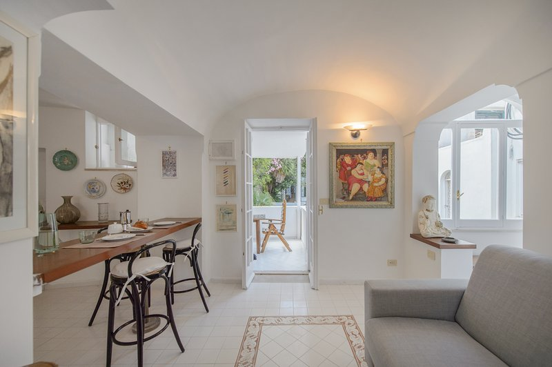 Tragara 12C Art House Luxury & Shopping, casa vacanza a Capri