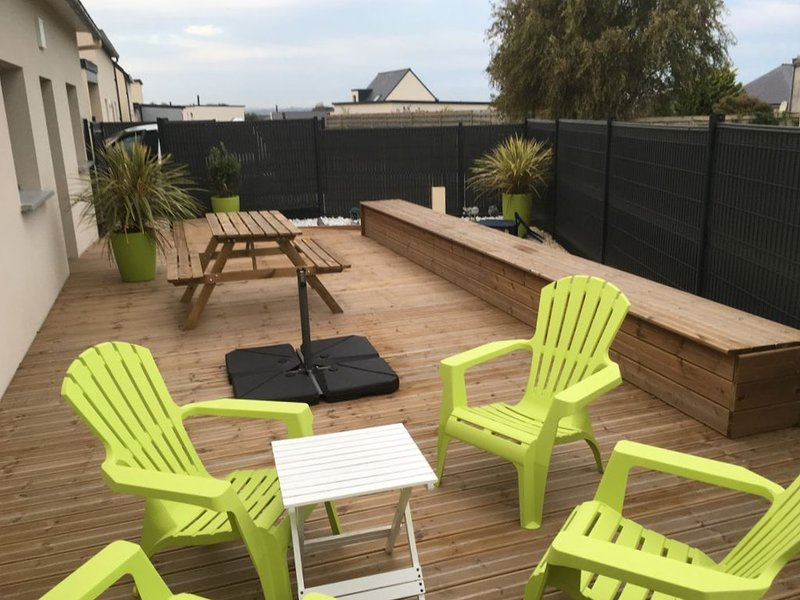 Amazing house with terrace & Wifi, vakantiewoning in Taule