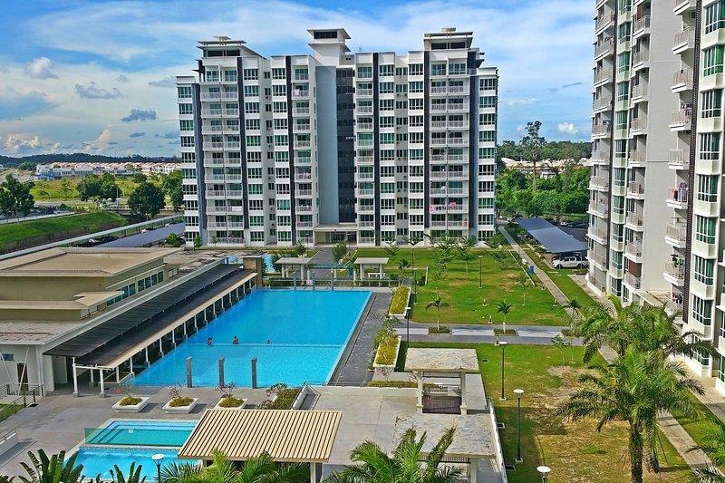 ♡ HomeStay ♡ - 6 Pax - Sri Utama Condominium, holiday rental in Sandakan Division
