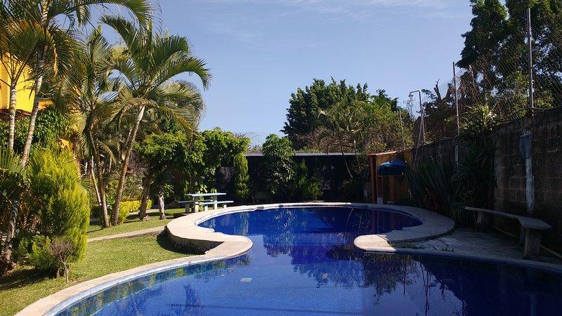 Casa amplia para 30 personas, fin de semana en Cuernavaca, location de vacances à Morelos