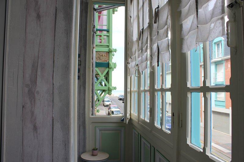 Duplex dans villa historique à Mers les bains à 30 mètres de la plage 5-7p, vacation rental in Mers-les-Bains