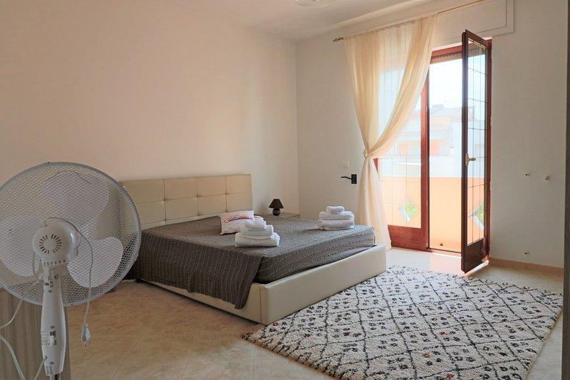 Giotto holiday home in Casarano in Salento a few km from the sea of &#82, casa vacanza a Casarano