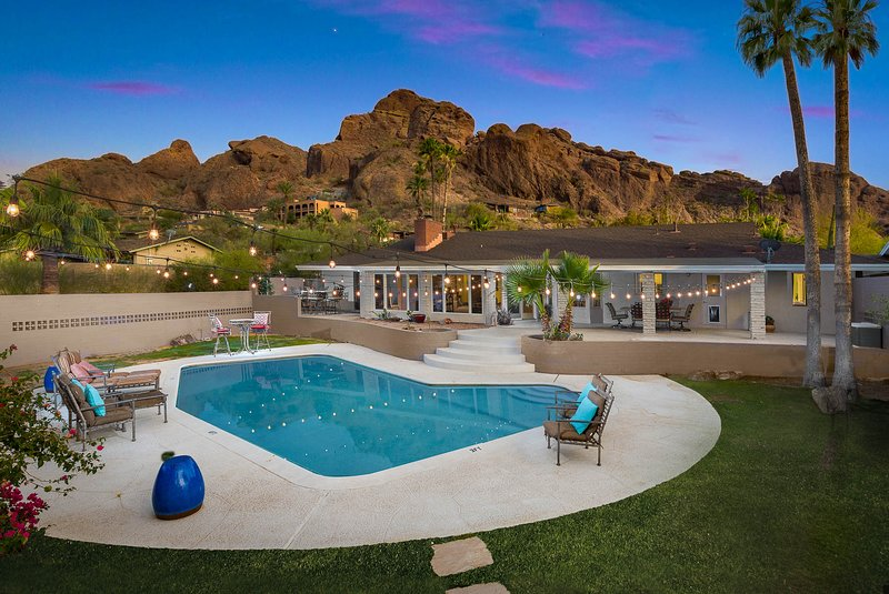 (7B) 50% off Scottsdale Paradise Valley Luxury Resort Home on Camelback Mountain, vacation rental in Paradise Valley