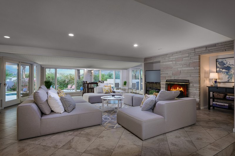 Great / Living Room