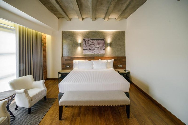 Deluxe Double Room #1 Double M Hotel, vacation rental in Bukidnon Province