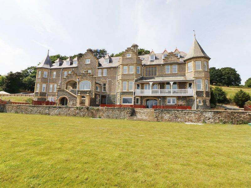 Bryn Mel Apartment, Glyngarth, holiday rental in Llandegfan
