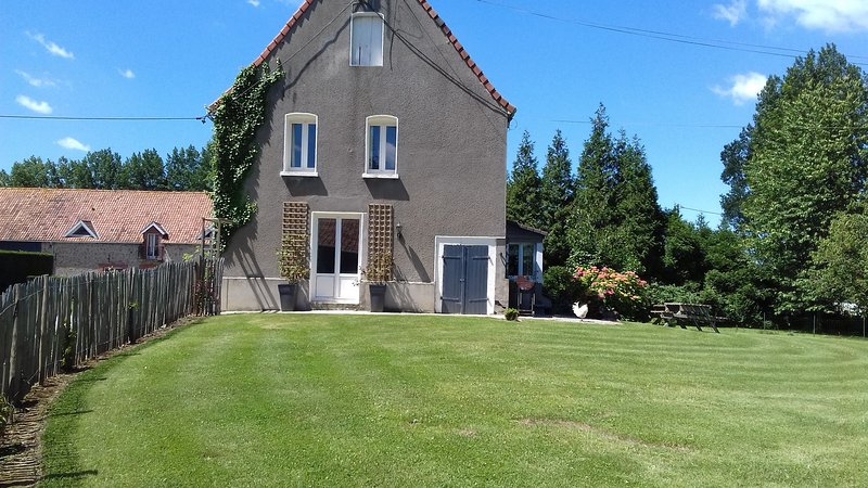 GITE DE GROUPE 23 PERS COTE D 'OPALE  234-1A, holiday rental in Licques