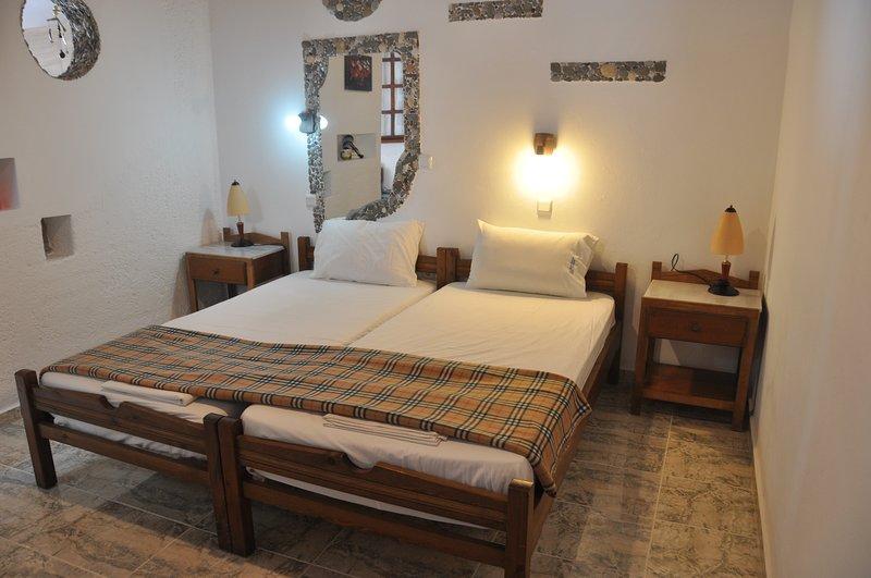beach  studio, vacation rental in Kampos