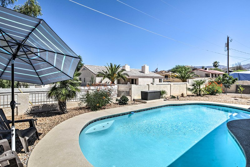 New lake havasu house w pool patio area grill updated - Summer house with swimming pool review ...