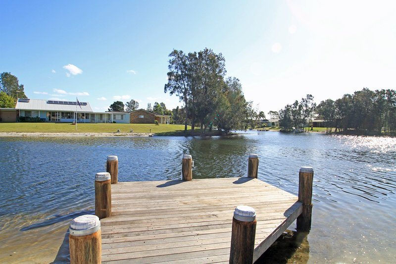 The Waterfront on Teal, vacation rental in Wandandian