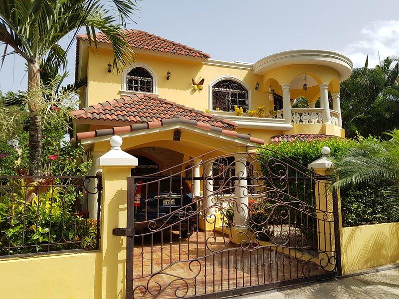 Casa de Magnolia, Puerto Plata, holiday rental in Luperon