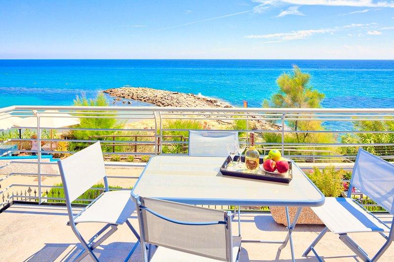 Villa Lucrezia - San Lorenzo Al Mare - Apartment A. (1°f) - 008054-lt-0012, vacation rental in San Lorenzo al Mare