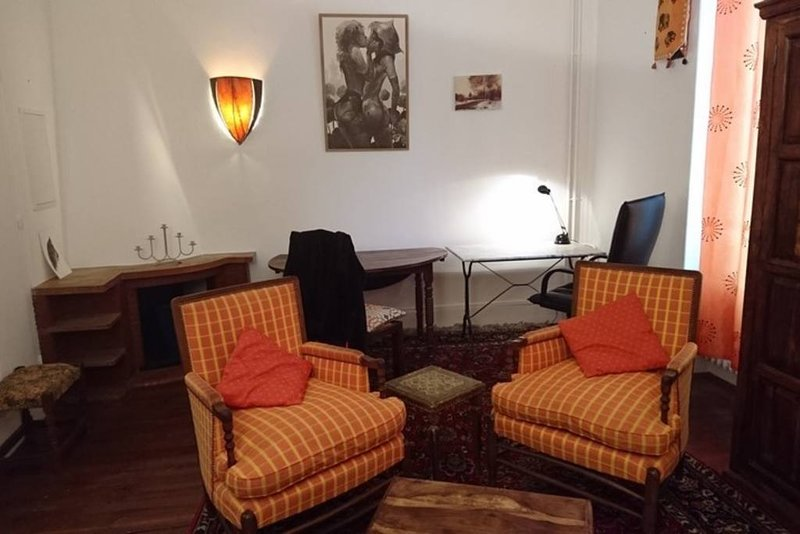 Beautiful house in Auch & Wifi, vacation rental in Aubiet