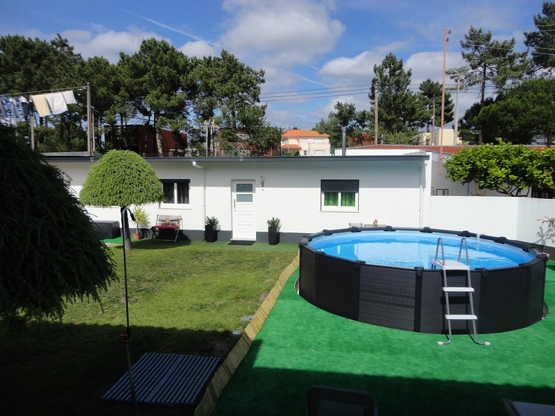 Cabedelo Seaside GuestHouse - TWO ROOMS, holiday rental in Viana do Castelo