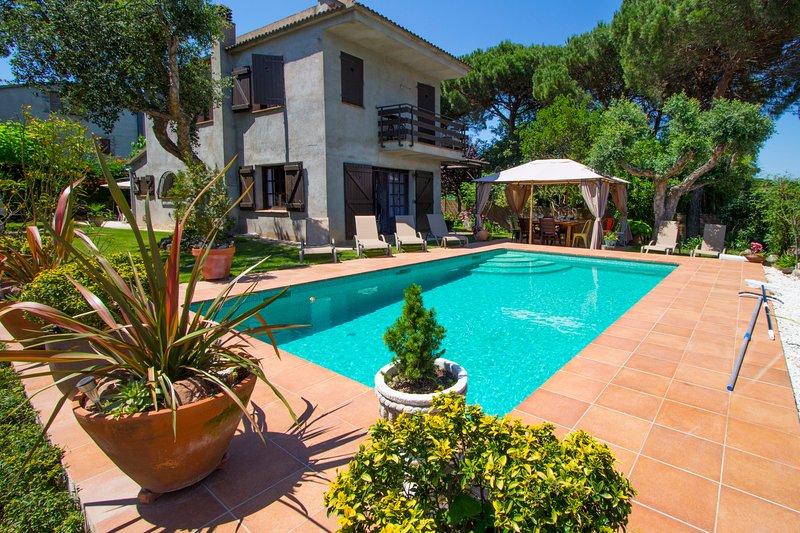 Catalunya Casas: Homey Villa Meli in the heart of Costa Brava!, holiday rental in San Andres Salou
