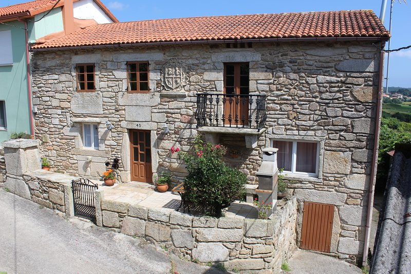 Casadesara 6 PAX, vacation rental in A Ponte do Porto