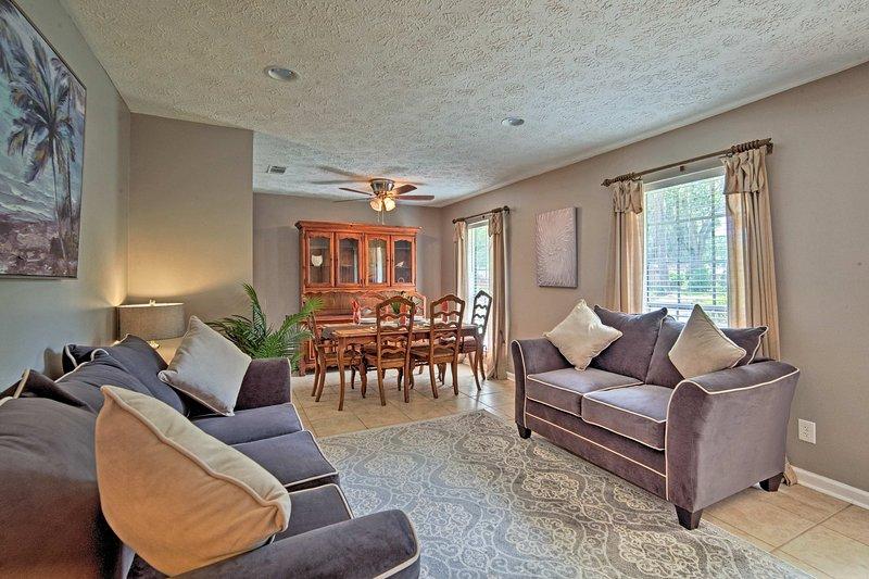Cette unité de 1 327 pieds carrés peut accueillir confortablement 8 invités chanceux!