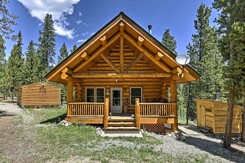 ¡Escápese a las montañas y alójese en esta encantadora cabaña de alquiler de vacaciones!