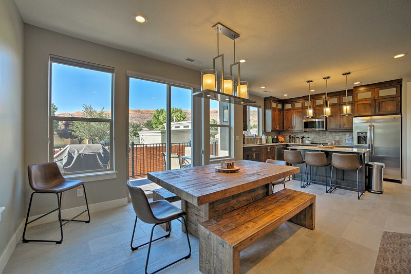 Moab Luxury Townhome - Great Location in Town!, holiday rental in Arches National Park
