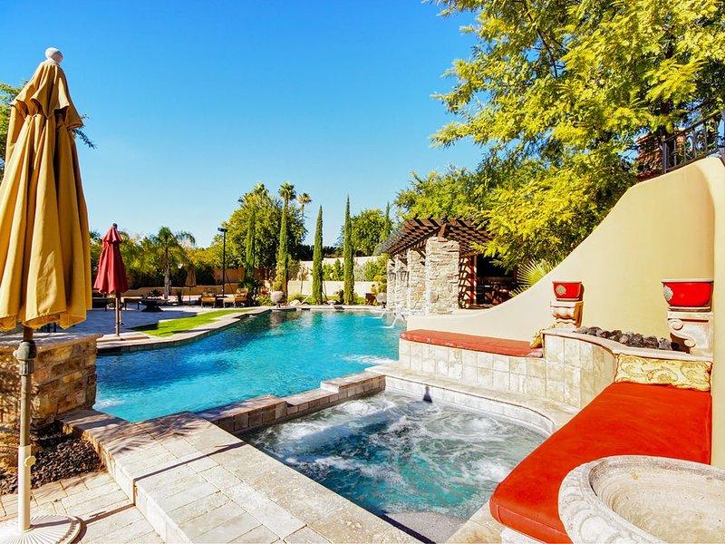 Profitez de notre piscine chauffée et Spa pendant les mois d'hiver.