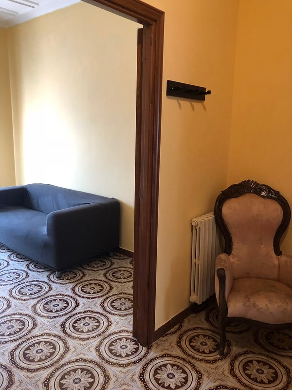 Apartments Rome - Ciampino Airport/Train Station, holiday rental in Ciampino