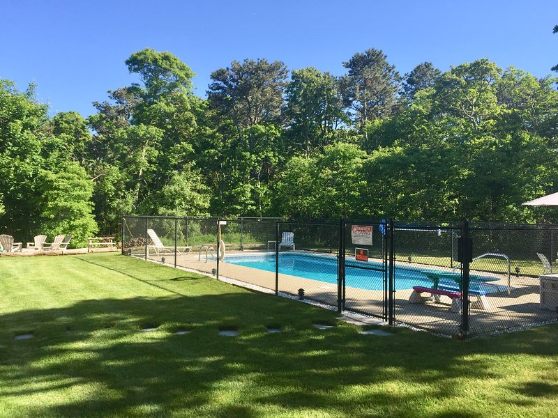 Yard and pool means fun for all!