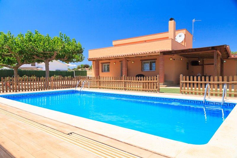 MAS VINYOLS · Casa rural con piscina privada, aluguéis de temporada em Vilaplana