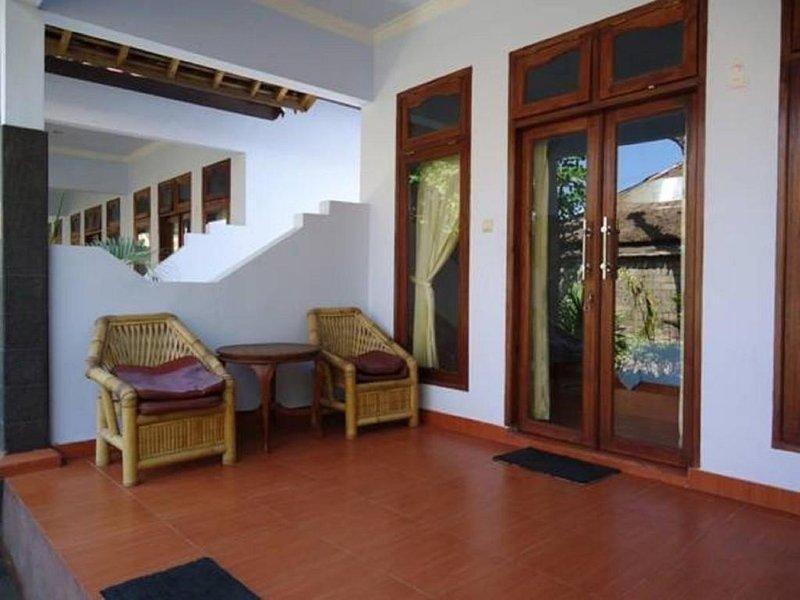 Pondok Wildan Guest House: Room 5, holiday rental in Mataram