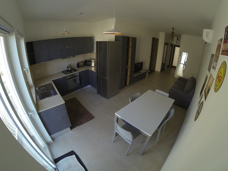 Confortable, Fully Airconditioned, 2 Bedroom Apartment, vacation rental in Safi