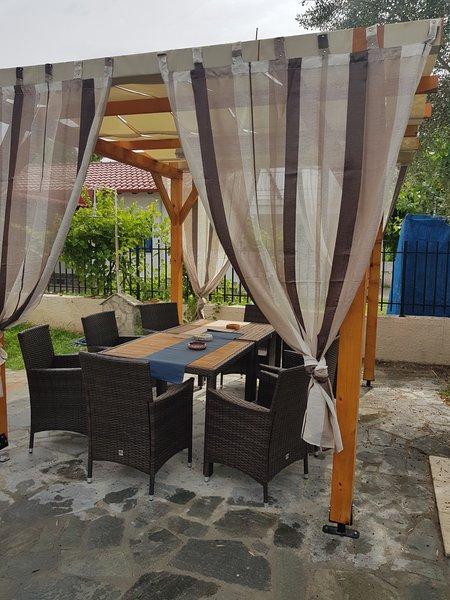 Omonia beach house 2, location de vacances à Nea Triglia