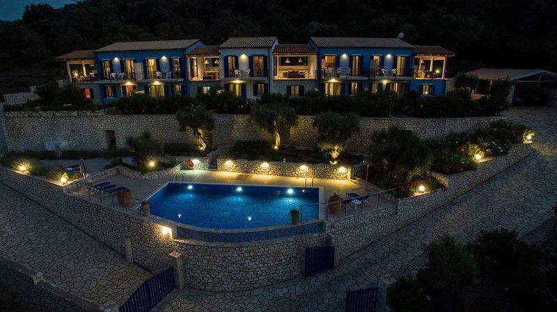 Villas Amantea 3 vista panoramica sul porto di Sivota, holiday rental in Evgiros