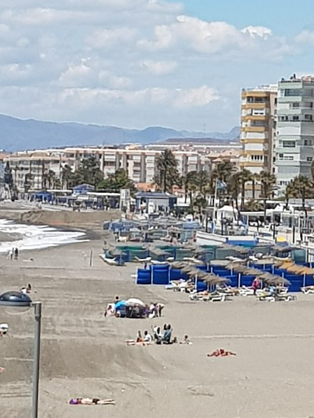 Vista della spiaggia di Torrox