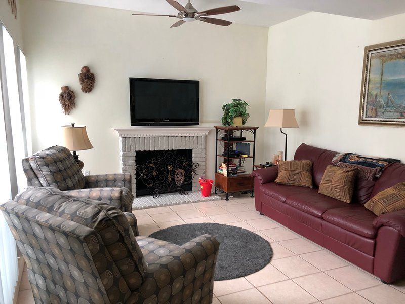 Best value in Clearwater/ St. Pete region!, vacation rental in Madeira Beach