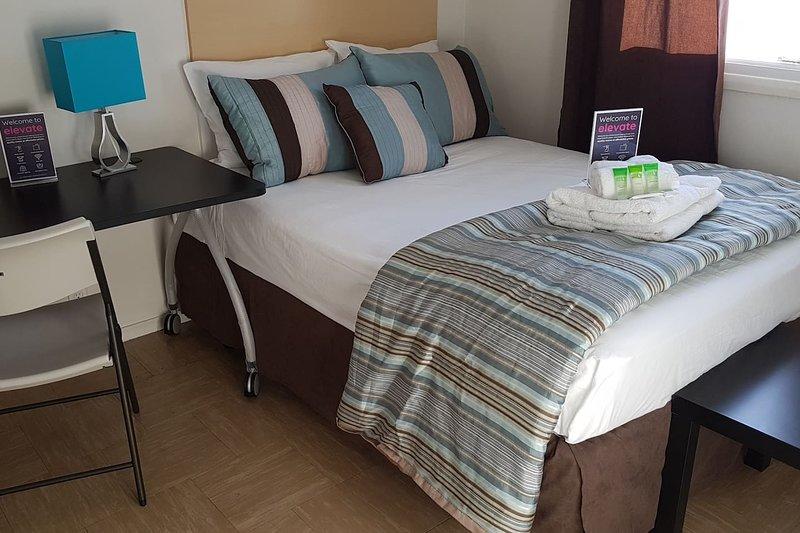 Crestview Guest House-Superior Room F07, location de vacances à Chapleau