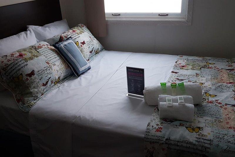 Crestview Guest House-Standard Room F05, location de vacances à Chapleau