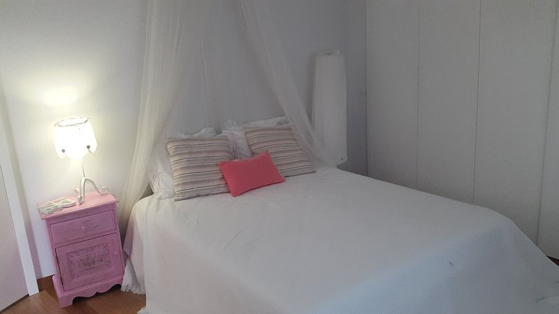 SUPER PROMO 2019- CASA DE LUJO CON Piscina, holiday rental in Braga District