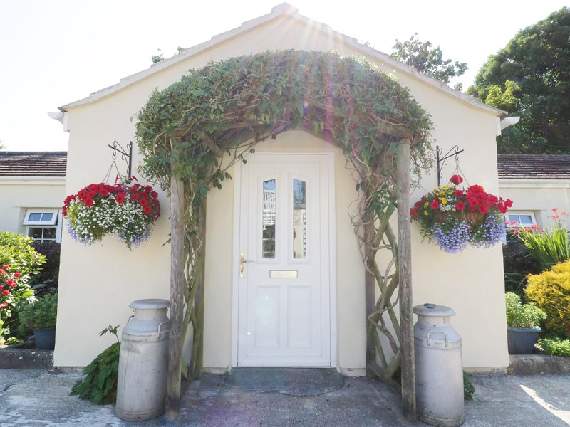 POLURRIAN, WiFi, Lizard Heritage Coast, open-plan, Ref 965188, casa vacanza a Mullion