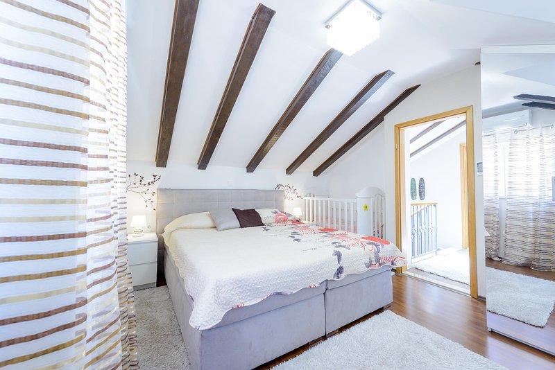Beach apartment in center-just 100 m from beach Kljucice, alquiler vacacional en Konavle