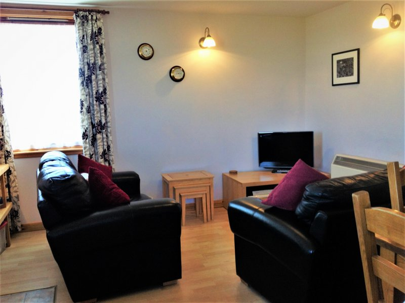 PEERIE SWAABIE, The Decca : Self Catering Shetland, holiday rental in Scalloway