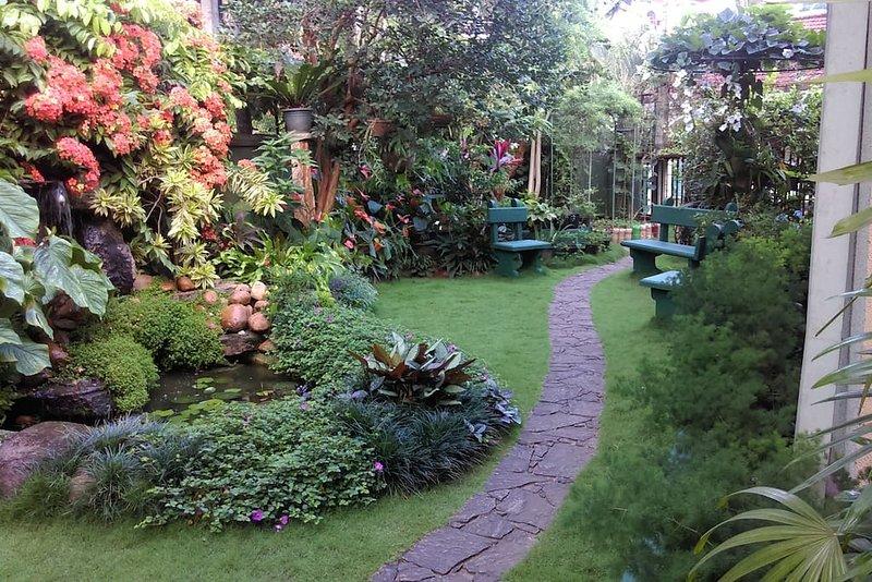 Glory Nest Apartment, casa vacanza a Pilimathalawa