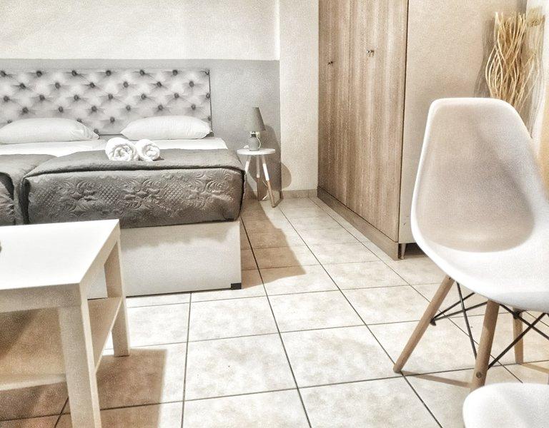 Marianna apartments Almyrida 2 beds1, location de vacances à Almyrida