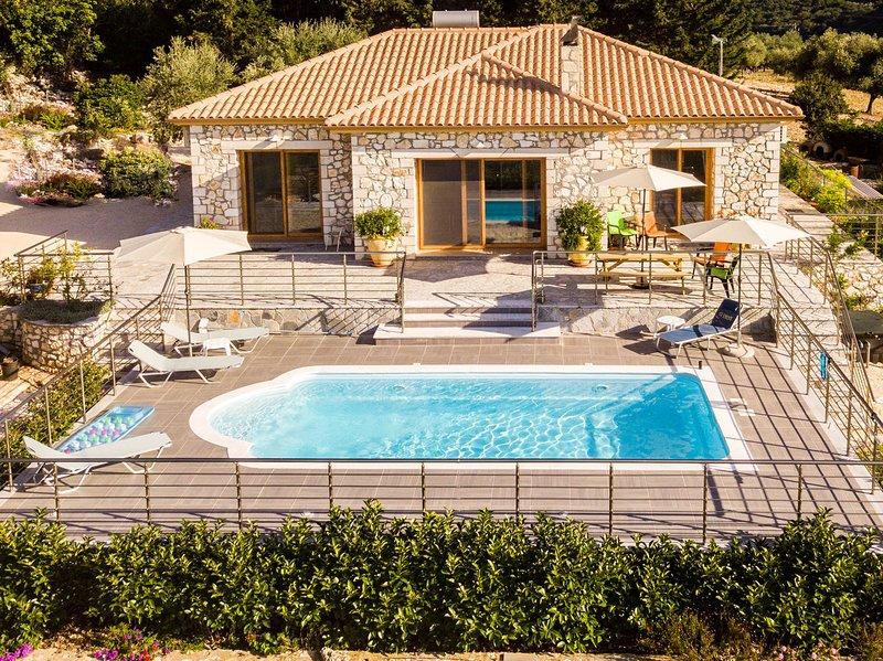 Sunset Villa, Sami Kefalonia - beautiful views, tranquil space, aluguéis de temporada em Sami